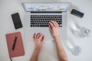 OTvest-work_laptop_phone_notebook